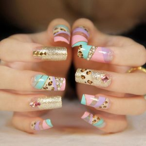 soñar con uñas